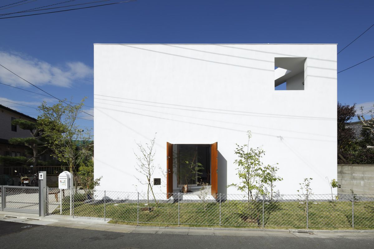 Casa by Takeshi Hosaka Architects